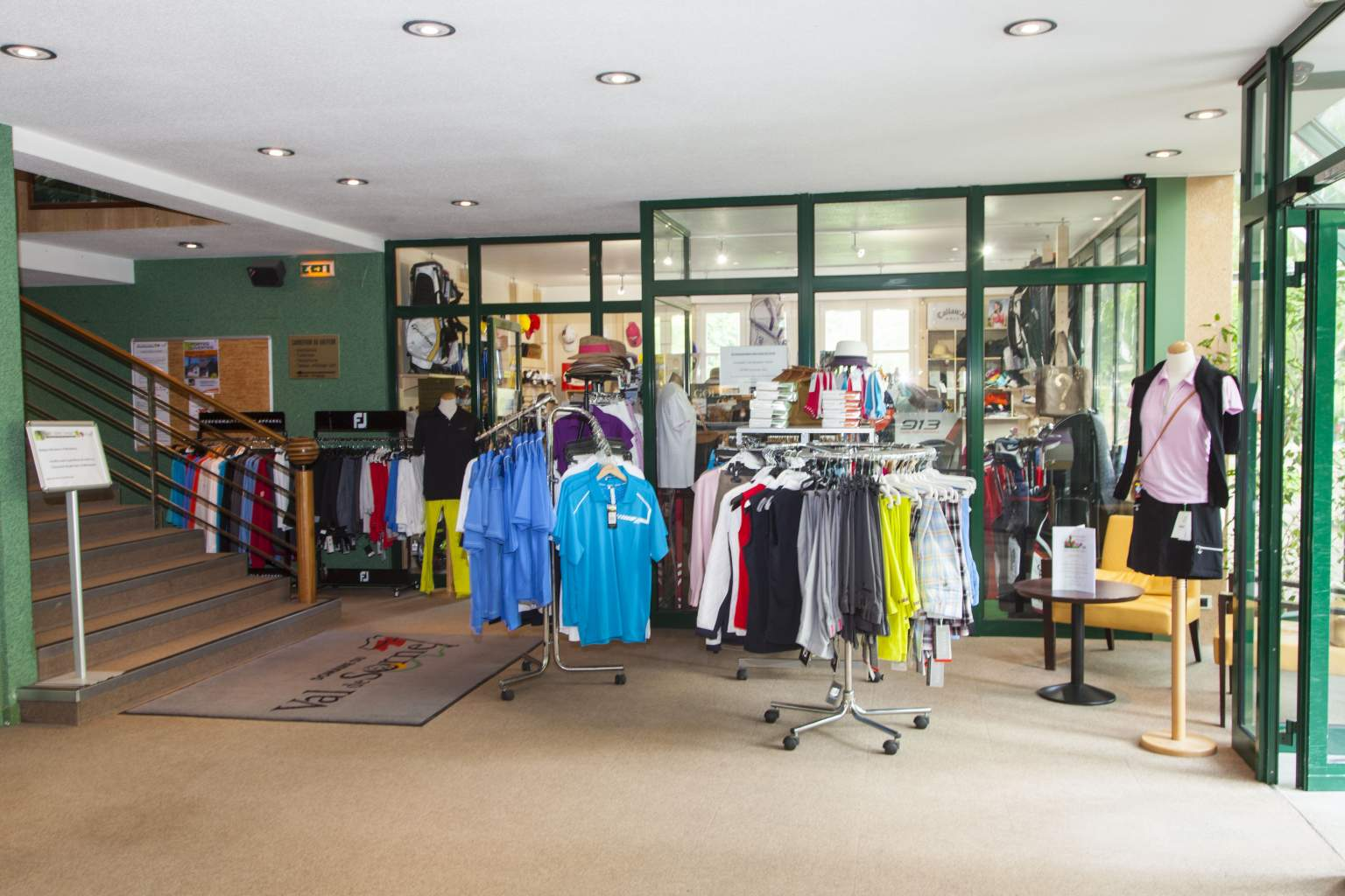 Boutique d'articles de golf